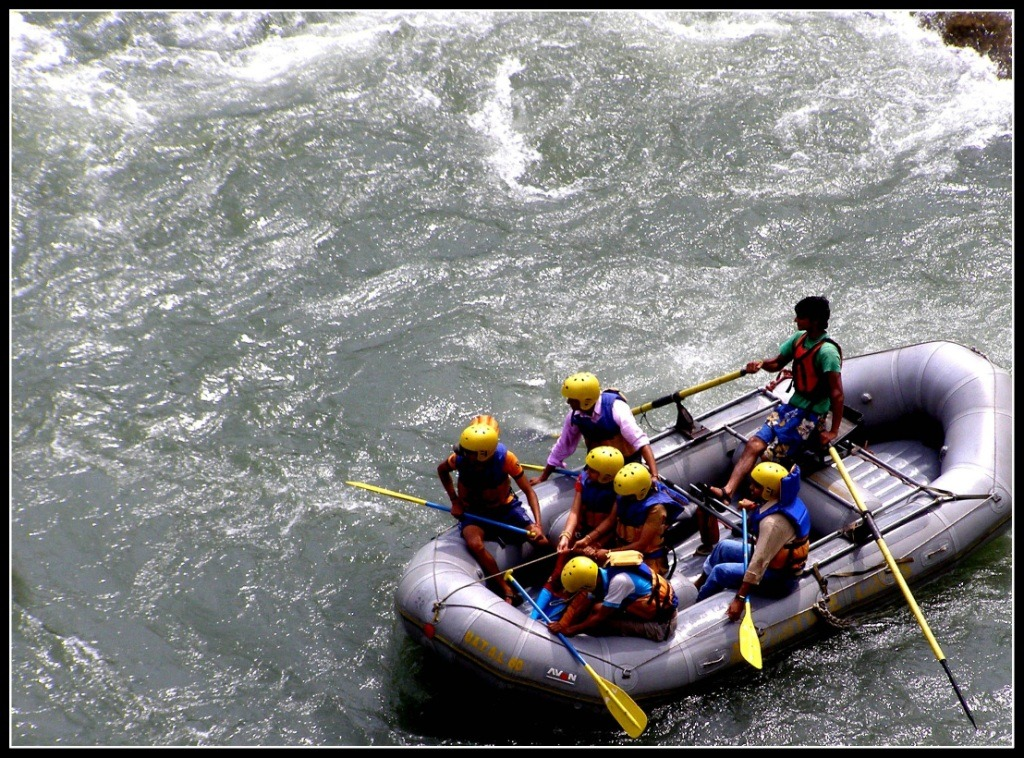 Water Rafting in Kullu Valley - Himachal Pradesh