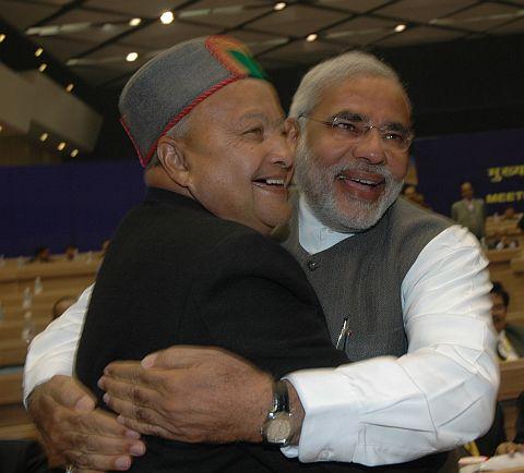 gujrat CM narender modi and himachal pradesh CM virbhadra singh