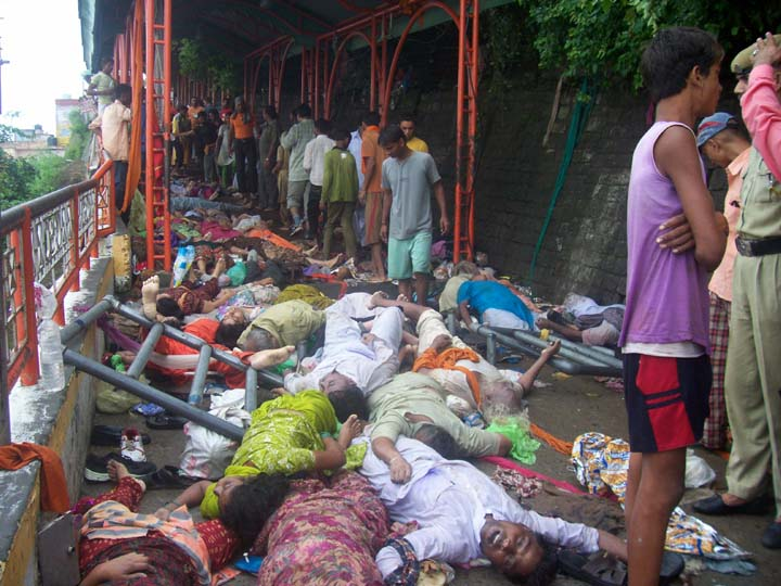 Horrible Scenes Of Stampede At Naina Dev Temple Tragedy