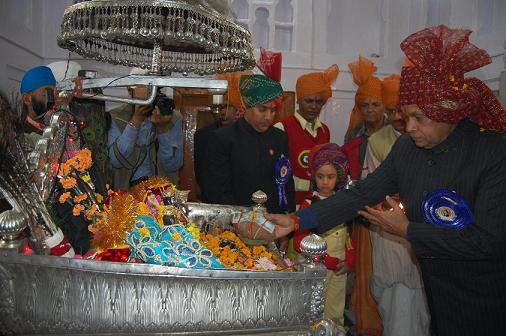 shivratri-dhumal-during-madho-rai-pooja
