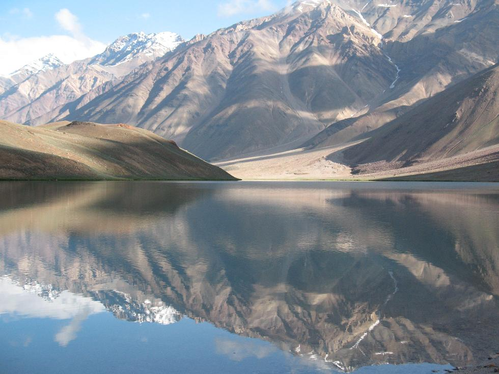 chander-taal-lake-at-spiti-valley