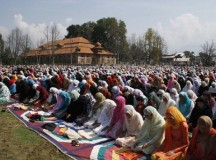 Kashmir in grip of Eid fever as tension mounts on LOC border