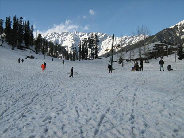Solang Slopes - Skiing - Himachal Pradesh - Tourism