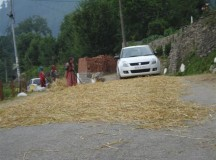 Kullu valley villagers ingenuity, a motorists nightmare