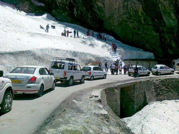 Enroute Rohtang