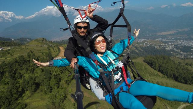 Illegal Paragliding goes unchecked at Solang, Manali | Hill Post