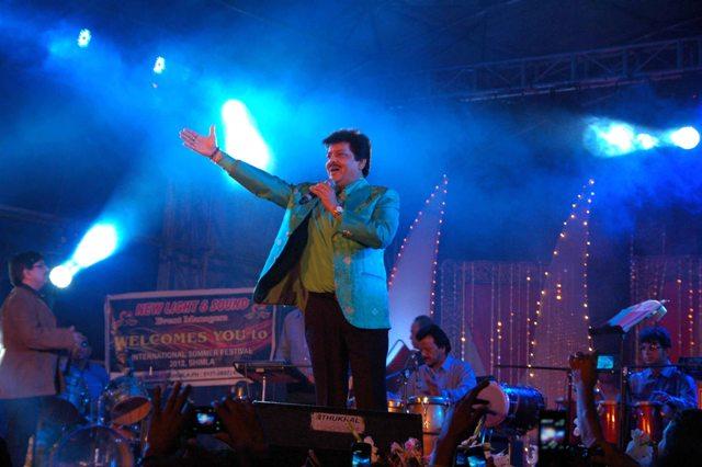 Udit Narayan preforms at Shimla Summer Festival