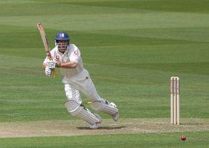 England captain Andrew Strauss retire