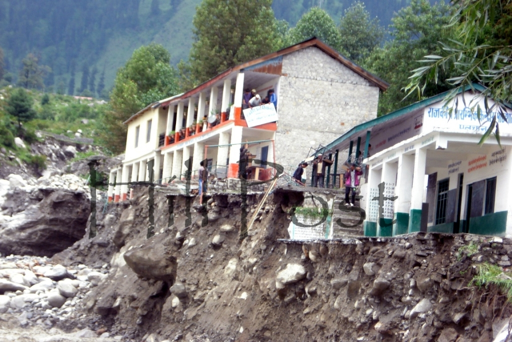 Manali Cloud Burst Flashfloods