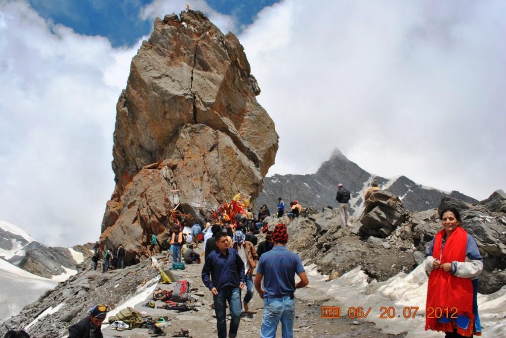 Srikhand Kailash Yatra - Main Feature Image, Srikhand Yatra, Srikhand Trek, Trekking in Himachal