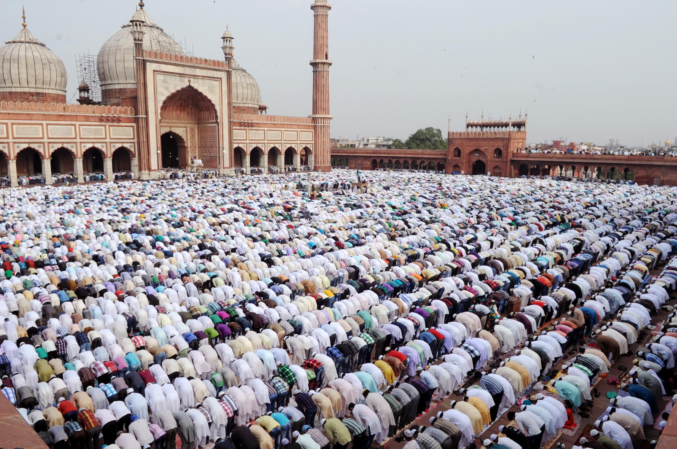 namaz in masjid