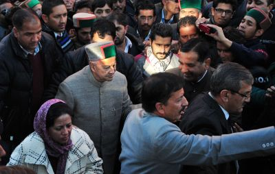 Chief minister Virbhadra Singh and wife Pratibha Singh (File Photo)