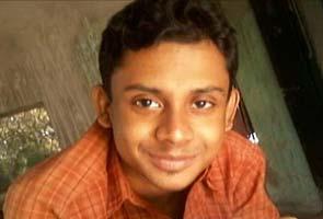 SFI Activist - Mamta Bannerjee Pays no Heed