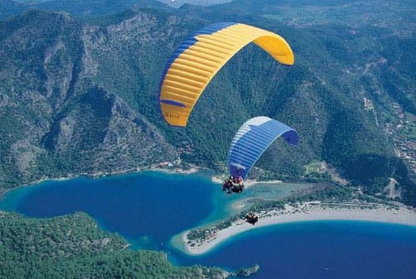 'Kashmir's paragliding potential is huge, untapped'_1