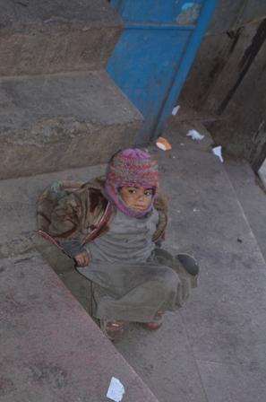 Child beggar3