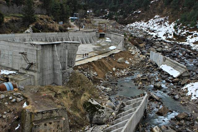 Beas, a dying free flow Himalayan River – Photo Essay | Hill Post
