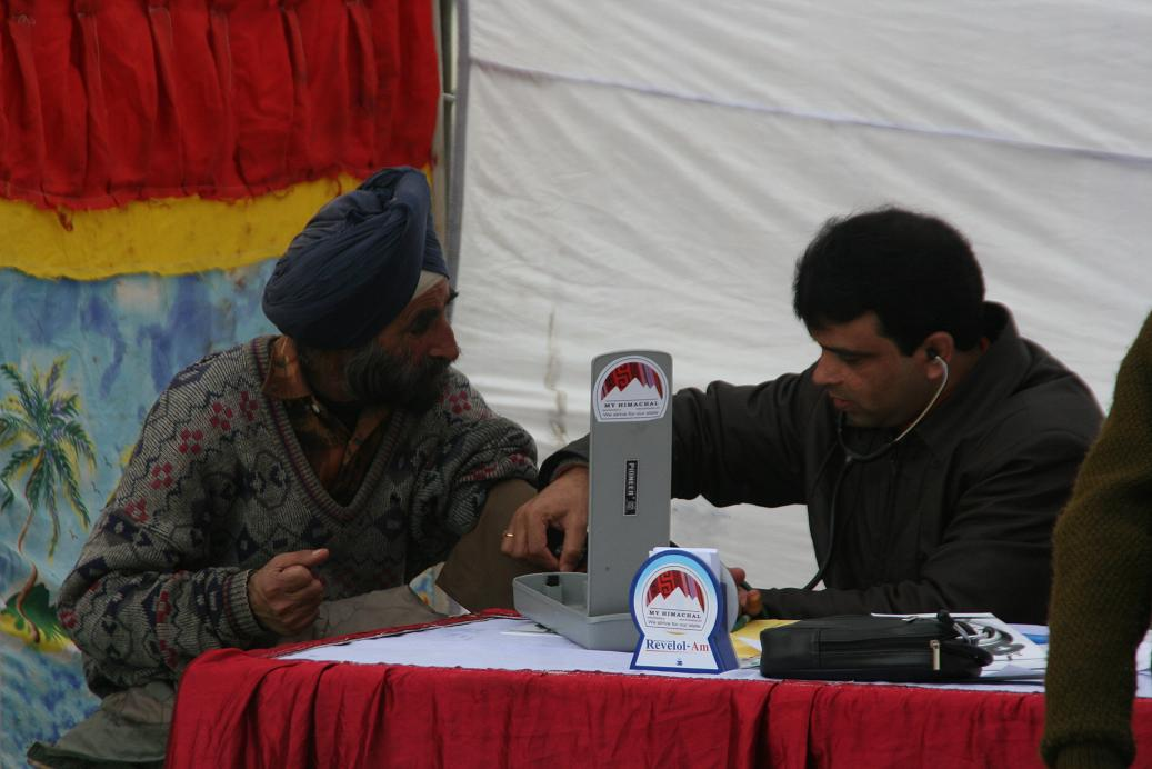 free-medical-check-up-camp-myhimachal-2