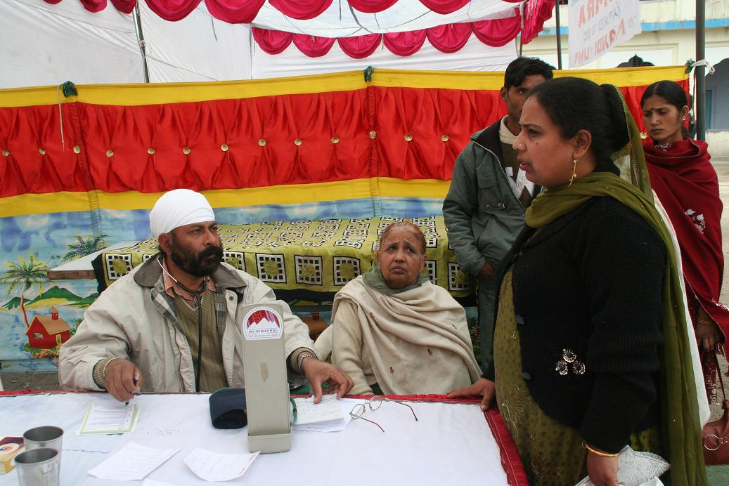 medical-camp-gy-myhimachal-03