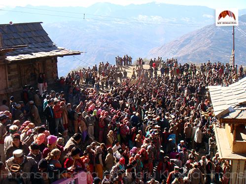 People dancing at Shaand Mahayagya
