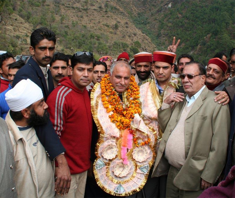 warm welcome of Gulab Singn at mandi