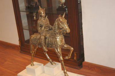army-horse-rider.jpg