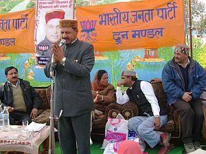 Rajiv Bindal, Himachal Health Minister, addressing people at Baddi