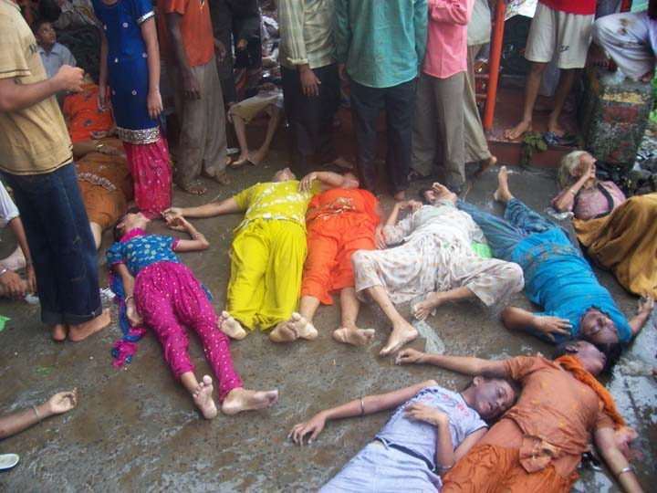 123 Killed In Stampede At Naina Devi Death Toll Expected