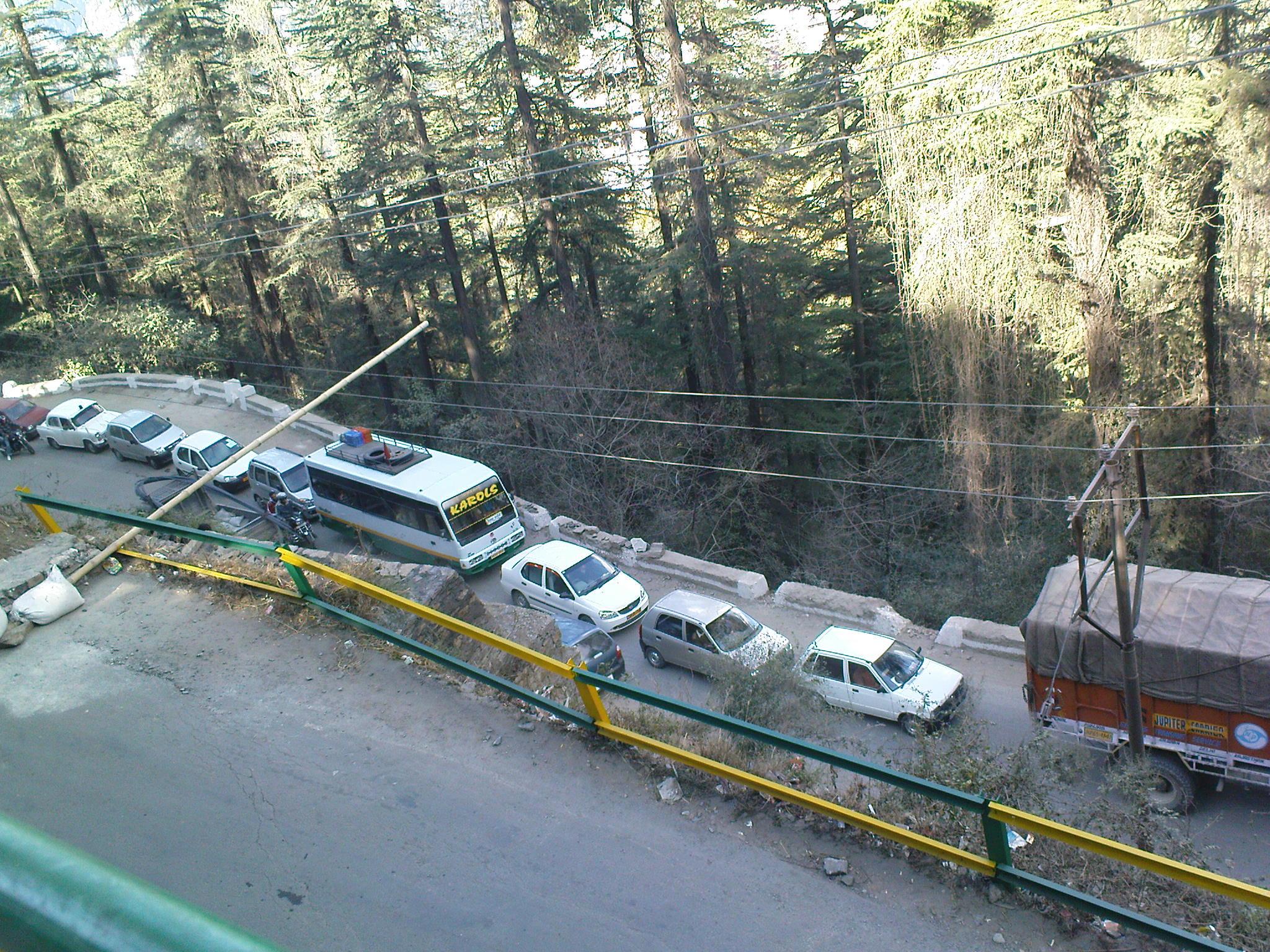 traffic jam in Khallini, Shimla