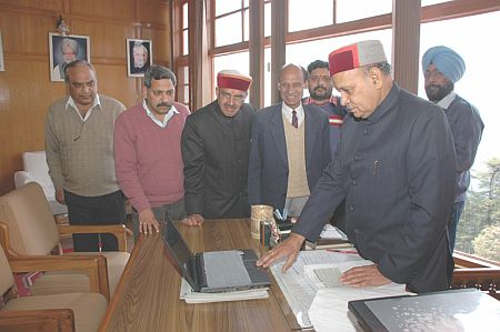 UNN launched by Himachal CM