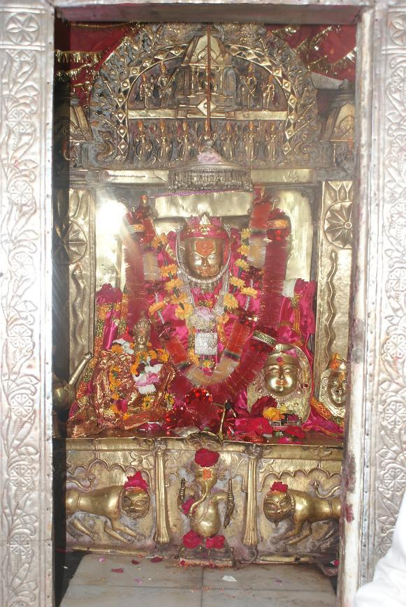 kamaksha-temple-karsog-02