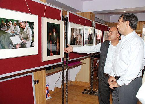 neeraj-sharma-photo-exhib
