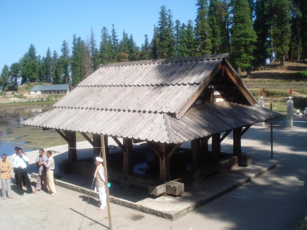 Kamru Naag Temple