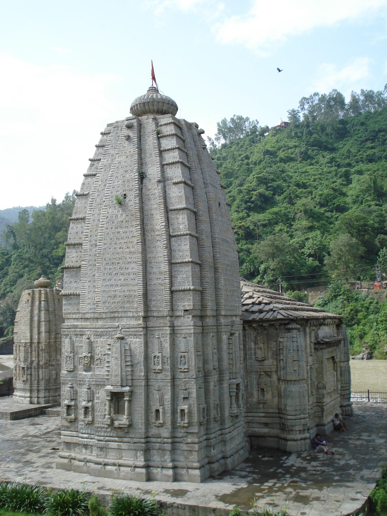 Panchavaktra-Mahadev-Temple-Vu-3