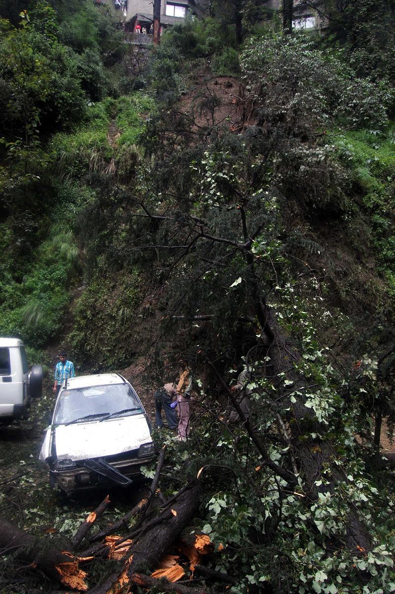 12Sept-Landslide-01