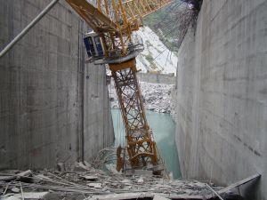 Damaged Crane at Chamera III Dam_site