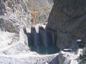 HCC dam and crain on 25.9.09