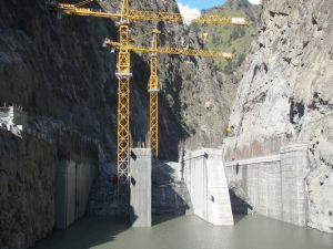 Power cranes at the dam site