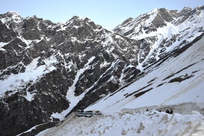 rohtang pass, keylong, udaipur, leh-laddakh, manali, Border Roads Organization, BRO, the Himalayas, Leh bikers, Spiti Valley, Climate change, Sundernagar, Rohtang Pass, Chandrabhaga river, Himachal Pradesh,