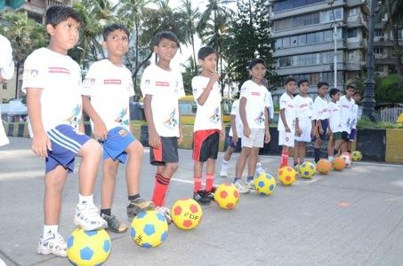 First Football Marathon Fever grips Mumbaikars