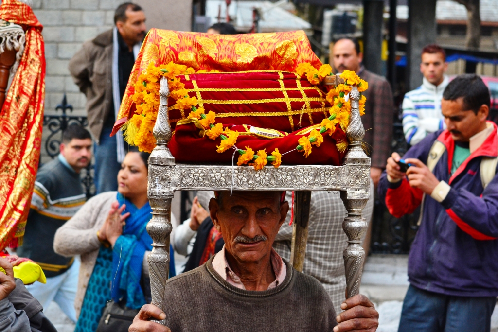 Palanquin Bearers to Carry Patients