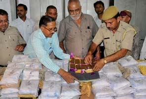 Heroin Seized in Train to Pakistan