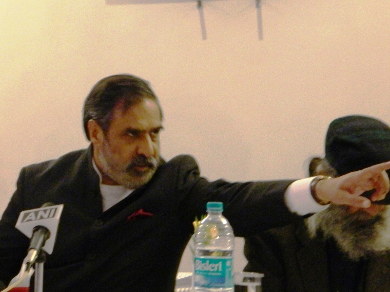 Anand Sharma dares Dhumal for a Public Debate