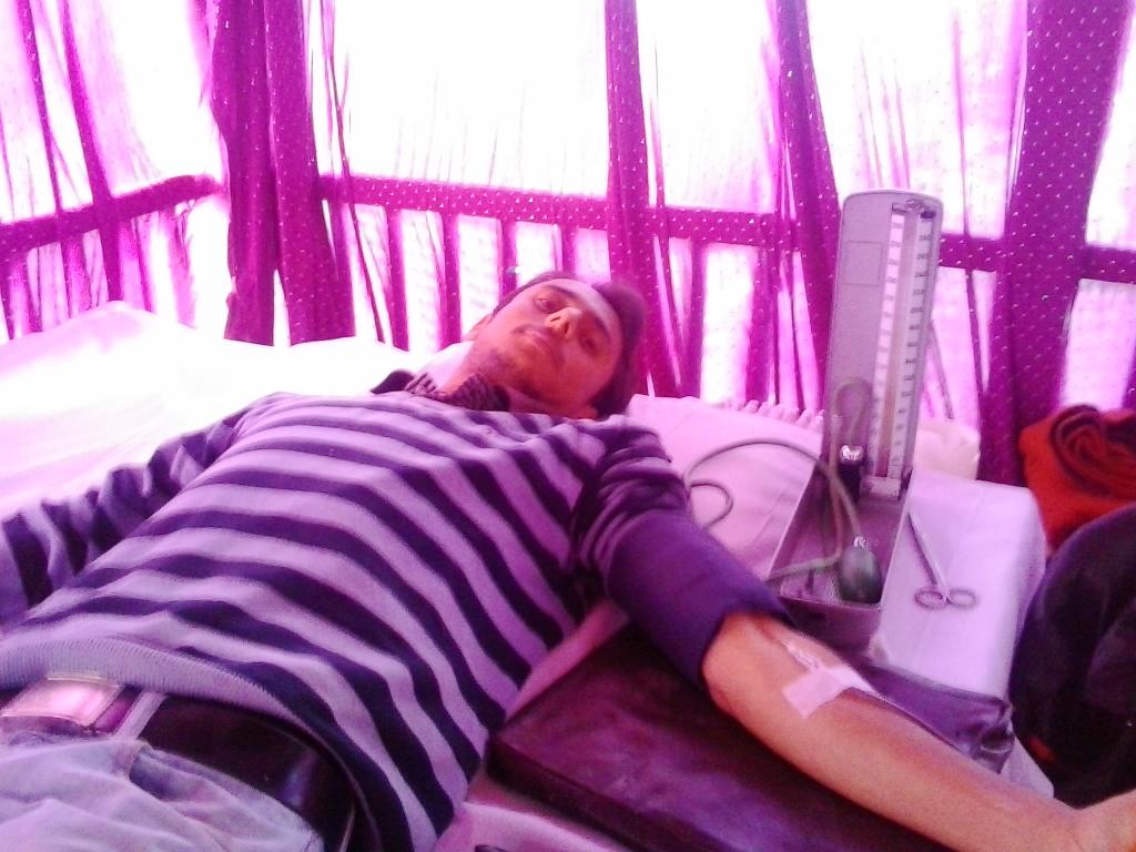 Kuldeep Chauhan Donating Blood, Shimla