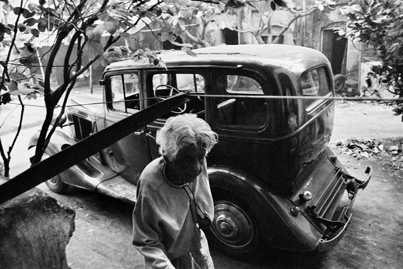 Photographer Pablo Bartholomew's chronicle of Kolkata of the 1970s