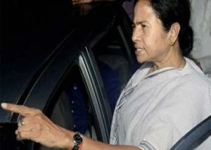 CPI-M cadres, offices attacked after Mamta's threat