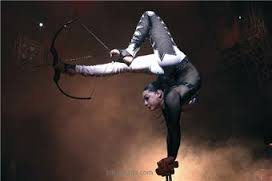"""French trapeze theatre """"Flying Angels"""""""