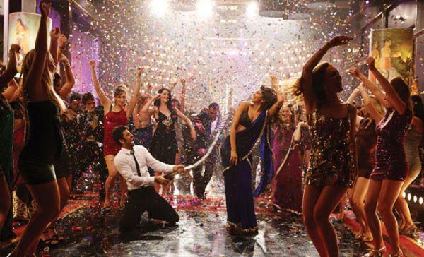 Ranbir's 'Badtameez dil' moves remind of Shammi Kapoor