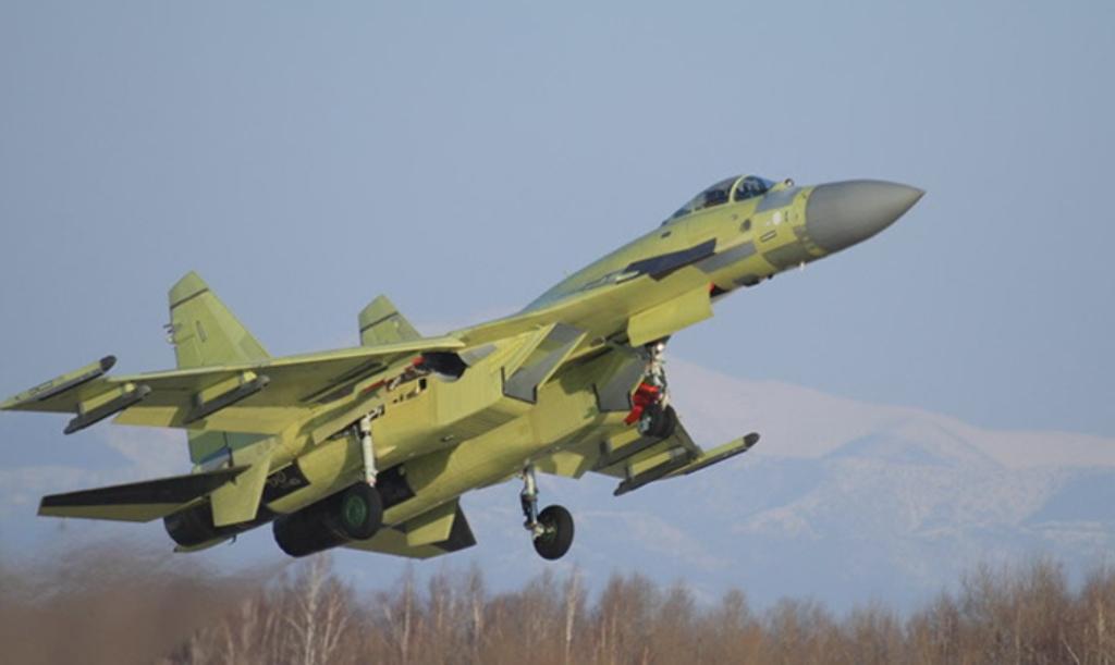 Sukhoi Su-35 Flanker fighter jet