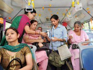 Home guards keep Delhi buses safe at night