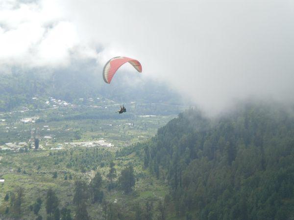 'Kashmir's paragliding potential is huge, untapped'_2